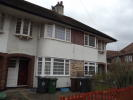 Maisonette to rent in Chingford Mount London...
