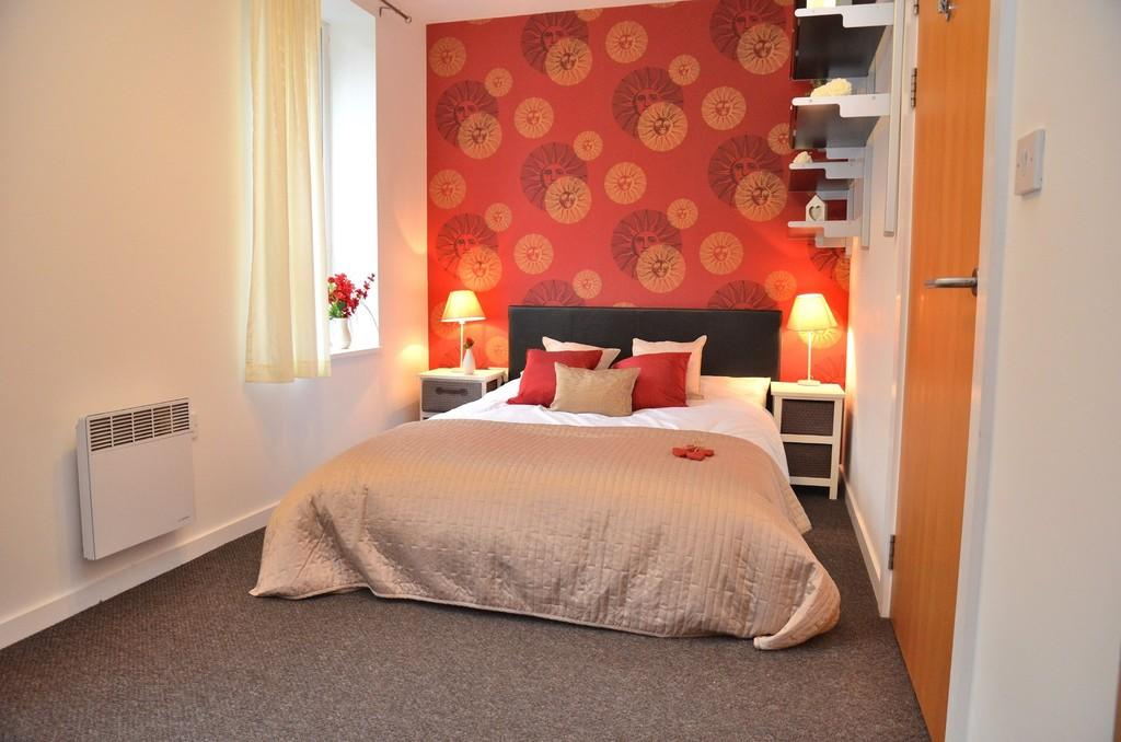 Bedroom 3 - strik...