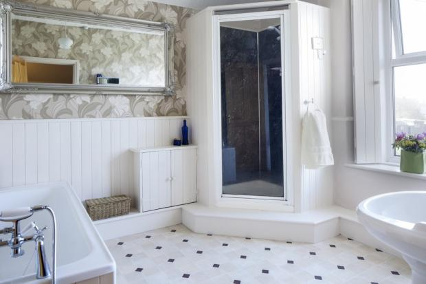 Regal Bathroom