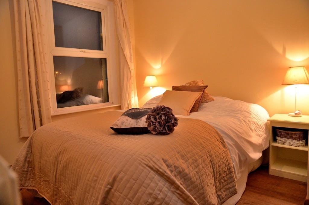Bedroom 2 - small...