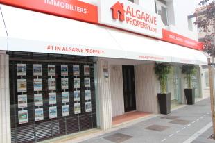 Algarve Property, Vilamourabranch details