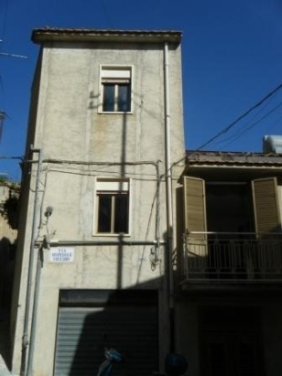 3 bedroom semi detached property for sale in Sicily, Palermo, Caccamo