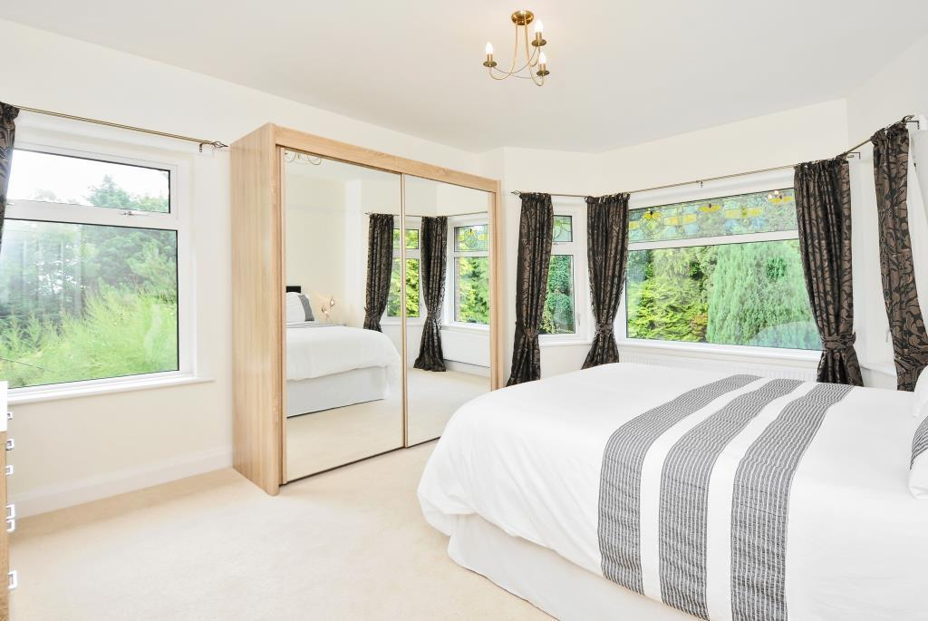 Dual aspect double bedroom