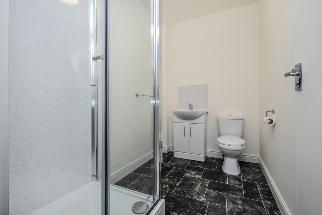 Quality fitted Shower Room