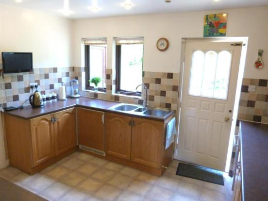 Fitted Kitchen (image three)