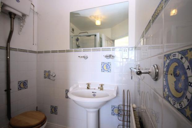 Annexe - Shower Room