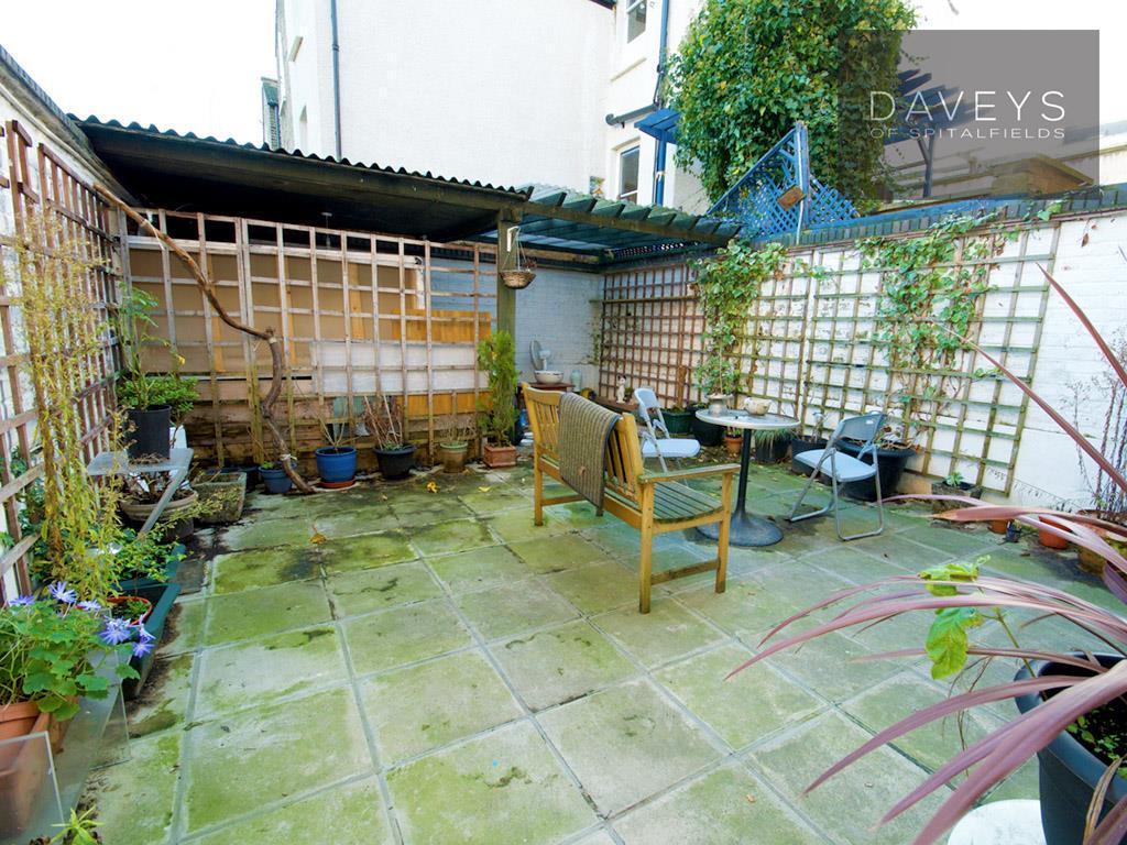 98CCHATSWORTH-garden