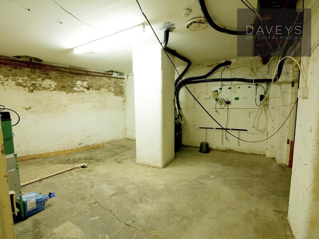 WOOLWICH-basement3.j