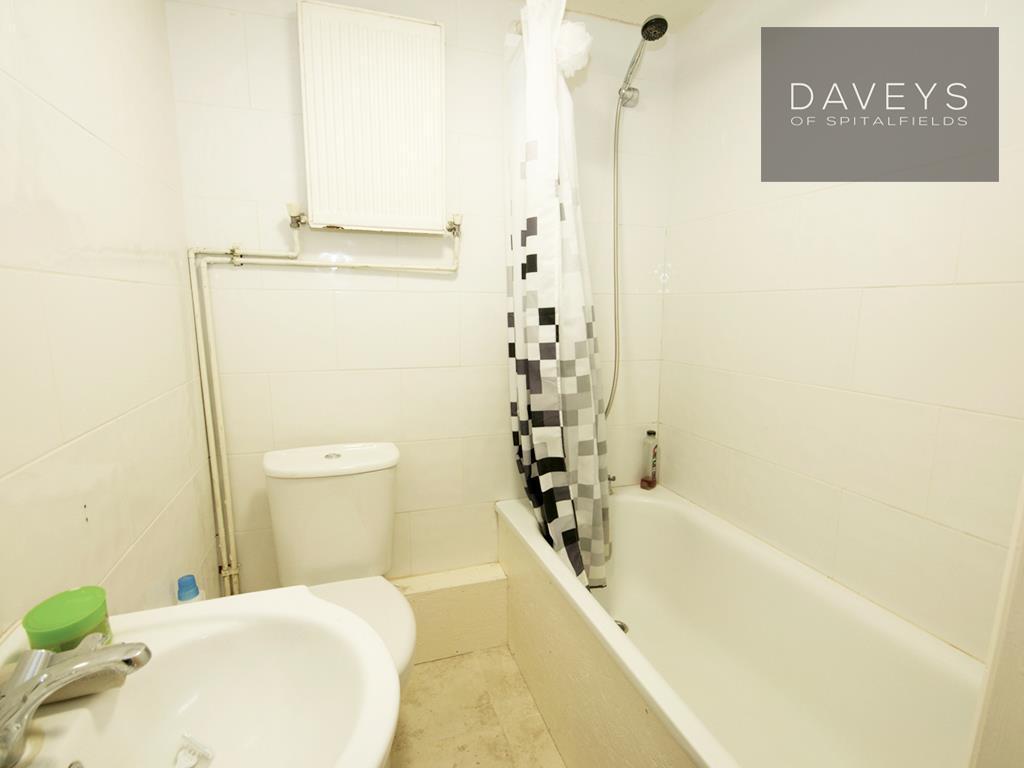 1NEVILL-bath.jpg