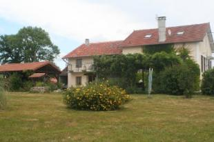 5 bed home in Rochechouart
