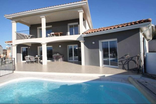 Villa with views...