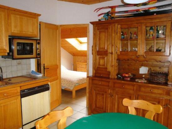 Kitchen to bedroom