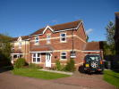 4 bedroom Detached house to rent in Paddock Close...