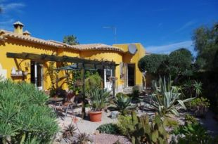 Villa for sale in Valencia, Alicante, Denia