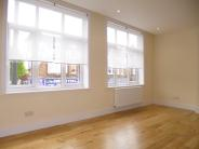 Flat to rent in Upper Richmond Road East...