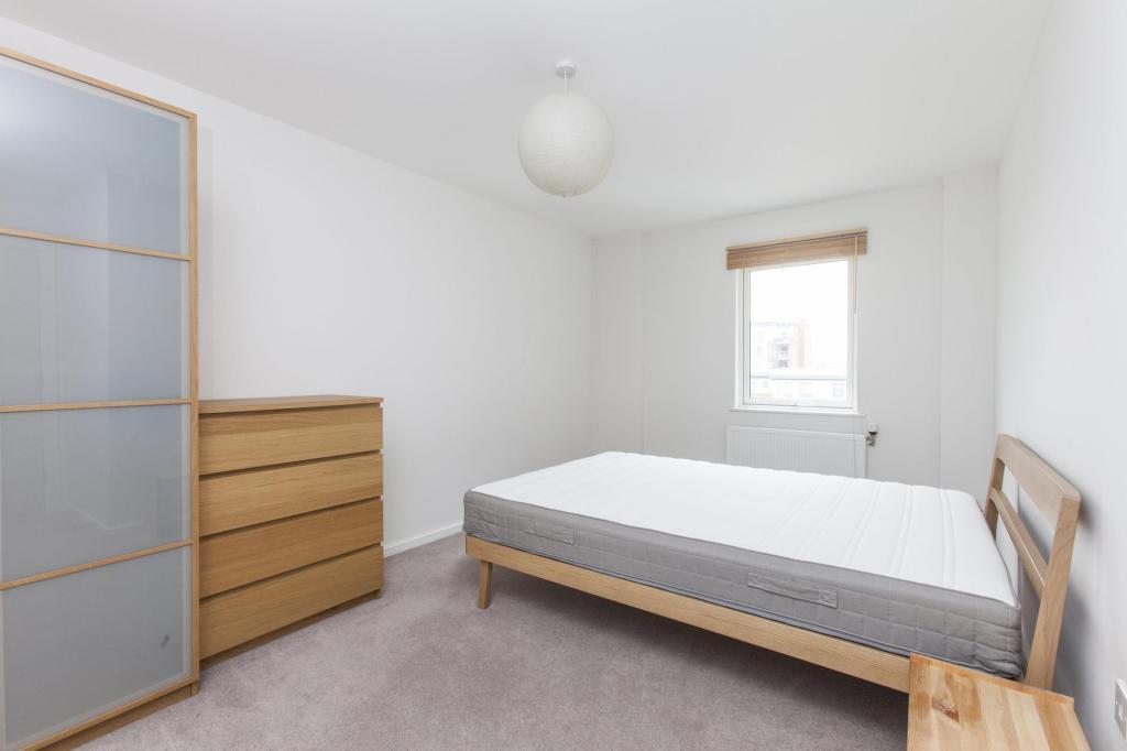 Bedroom 1 Alt Angle