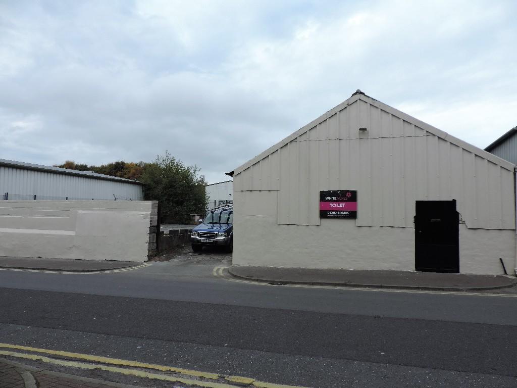 Workshop to rent in plumbe street burnley lancashire for Best bathrooms uk burnley