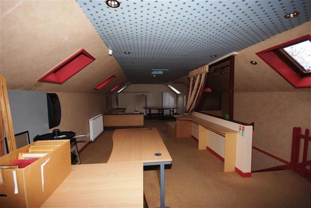 Open Plan Room