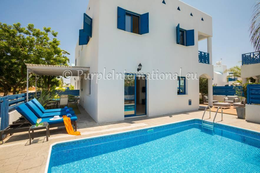 Villa for sale in Cyprus - Famagusta...