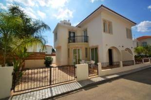 Semi-detached Villa for sale in Famagusta, Pernera