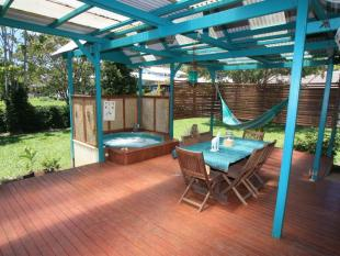3 bed house in 32 Coomburra Crescent...