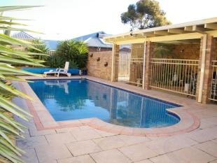 property for sale in 1 Merilup Heights...