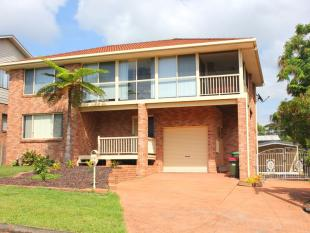 house for sale in 13 Seaview Street...