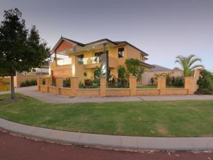 5 bedroom property in 4 Peaceful Vista...
