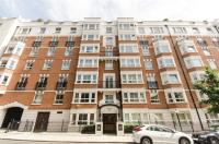 Flat for sale in Wrights Lane...