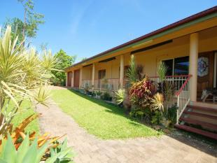 4 bed house in 102 Hill Sixty Road...