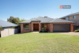 4 bed home in 80 Brooklyn Drive...