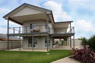 4 bed house for sale in 1 Jessica Place...