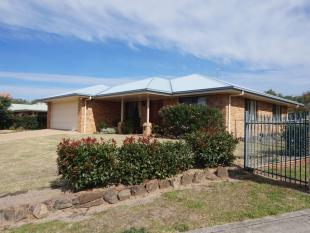 4 bedroom property for sale in 12 Rebecca Court...
