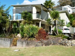 house for sale in 4 Breakers Way...