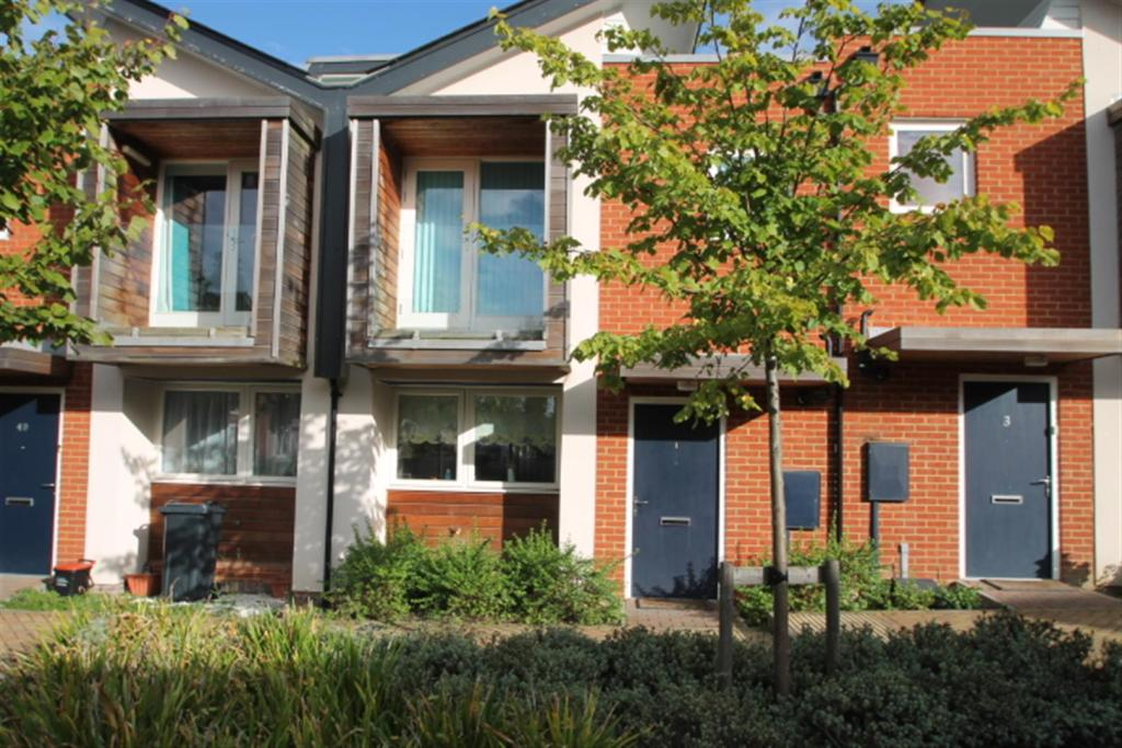 3 bedroom town house for sale in duke of york way coxheath maidstone me17