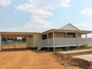 3 bed property for sale in 42 Red Swamp Place...