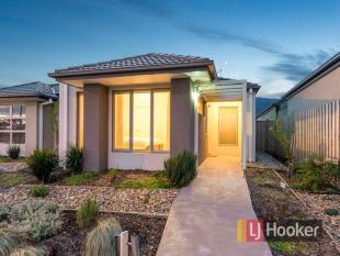 2 bedroom home for sale in 74 Bridge Road...