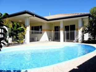 4 bedroom house for sale in 3 Beachside Place...