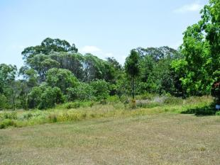 property for sale in 3 View Outlook, MACLEAY ISLAND 4184