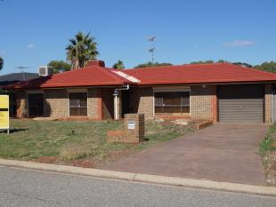 3 bed property for sale in 15 Protea Court...