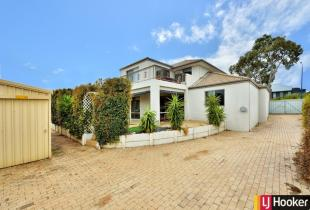 5 bed property for sale in 52 Hyden Loop...