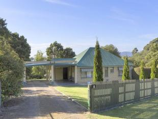 2 bed home for sale in 1 Searle Court...