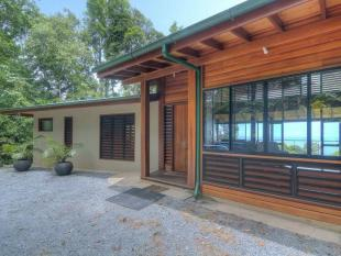 5 bedroom home in Lot/276 Kauri Close Cow...