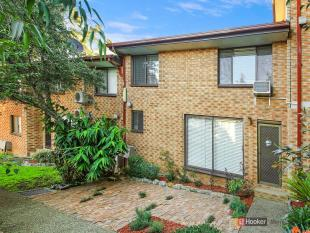 Town House for sale in Unit 18/59-61 Neil...