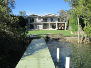 5 bedroom property in 70 Hibbard Drive...