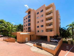 Flat for sale in 2/7 Esplanade...