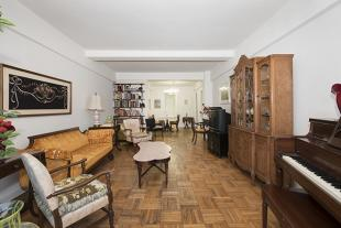3 bed Apartment for sale in Manhattan, New York