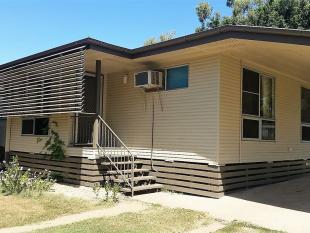 3 bedroom house in 43 Leichardt Drive...