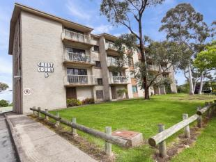 Flat for sale in 60/5 Crest Road...