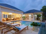 Detached property in Luxury Grenadines villa...